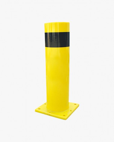 Heavy duty flexible bollard
